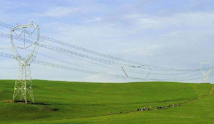 近日,国网内蒙古东部电力公司总部成功部署了盈高网络准入控制系统,实现了从总公司至分公司网络安全的整体管控,为公司信息系统的平稳运行提供了保障。 此前蒙东电力赤峰电业局和通辽供电公司均成功应用了盈高网络准入控制系统,管理效果极佳,获得了用户的高度认可。此次公司总部顺利部署盈高网络准入控制系统,为公司网络安全建立了全网透视的网络管理平台,管理更加便捷高效,信息安全得到有效保障。 盈高科技自主研发的第三代准入控制技术已处于业内领先水平,已广泛应用于政府、医疗行业、大型企业等。盈高网络准入控制系统通过一整套完整